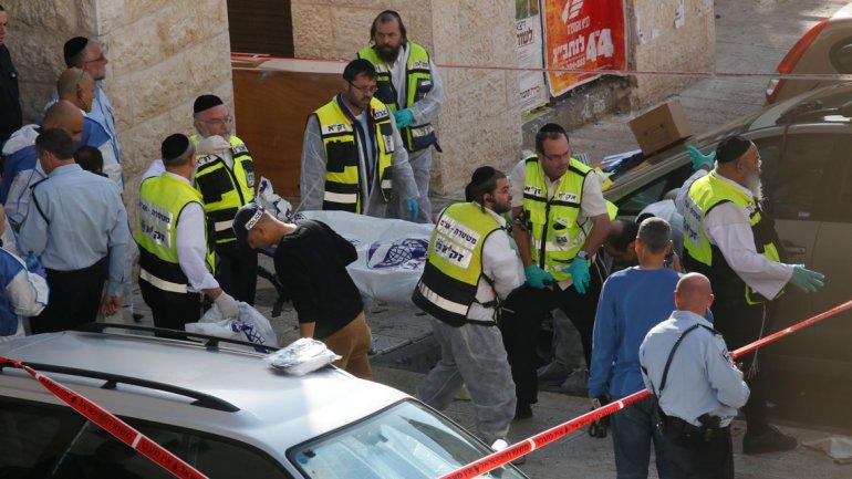 Brutal atentado en una sinagoga en Jerusalem Al menos seis personas murieron en un atentado a una sinagoga en Jerusalén- Ojo fotos y Videos