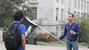 Que resulta mas Ofensivo a los estudiantes en Berkeley