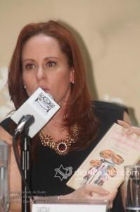 el Brassiere deMama contra el Cancer de busto 0113