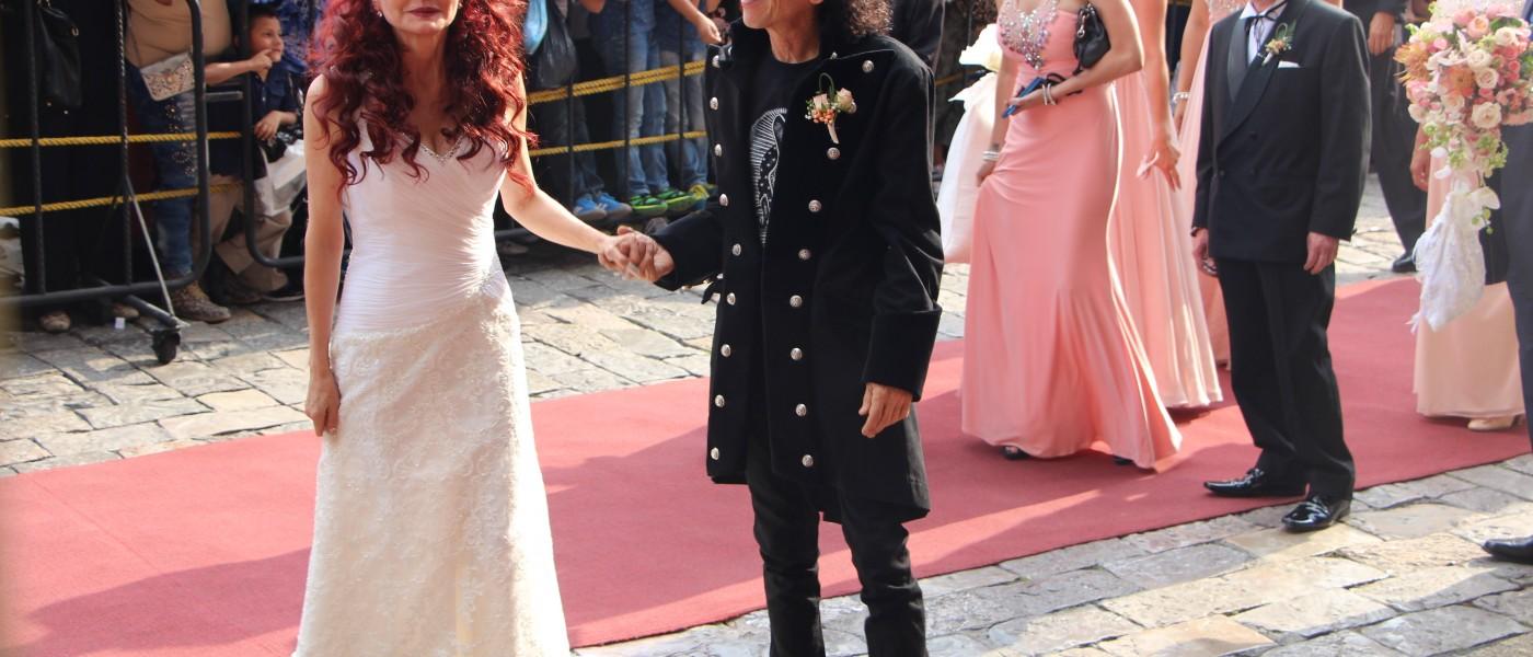 Confirman su gran amor después de 35 años Alex y Chela Lora