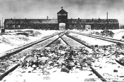 Entre Auschwitz y el World Trade Center