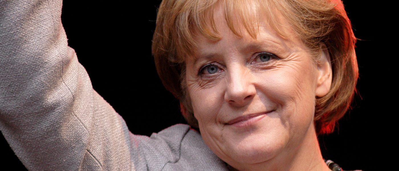Merkel autoriza la petición de Erdogan contra un humorista