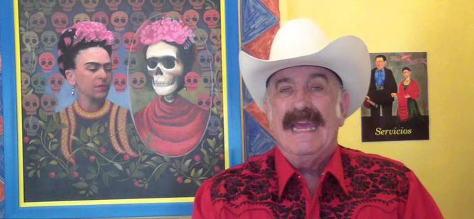 """EL Famoso Conductor de Televisión, Sergio """"Sheriff Alarcón"""", Lleva a Frida de Coyoacán a la Condesa"""