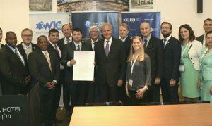 Los parlamentarios firman una declaración sobre Jerusalém [Avi Hayun]