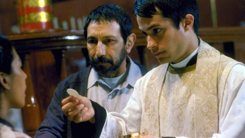 "El ""Crimen del Padre Amaro"" Continua…. en TV"