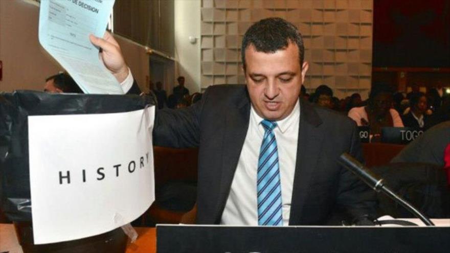 Israel llama y retira a su embajador de la UNESCO