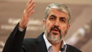 El líder de Hamas, Khaled Meshaal habla en Doha, Qatar, 28 de agosto de 2014 (AP / Osama Faisal)