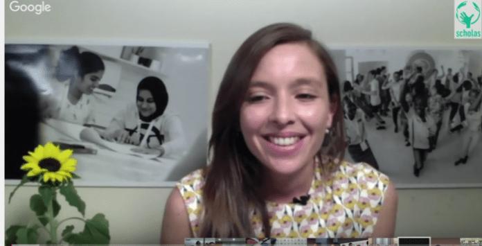 El Papa Francisco se reúne con jóvenes de todas partes del mundo en una vídeo conferencia