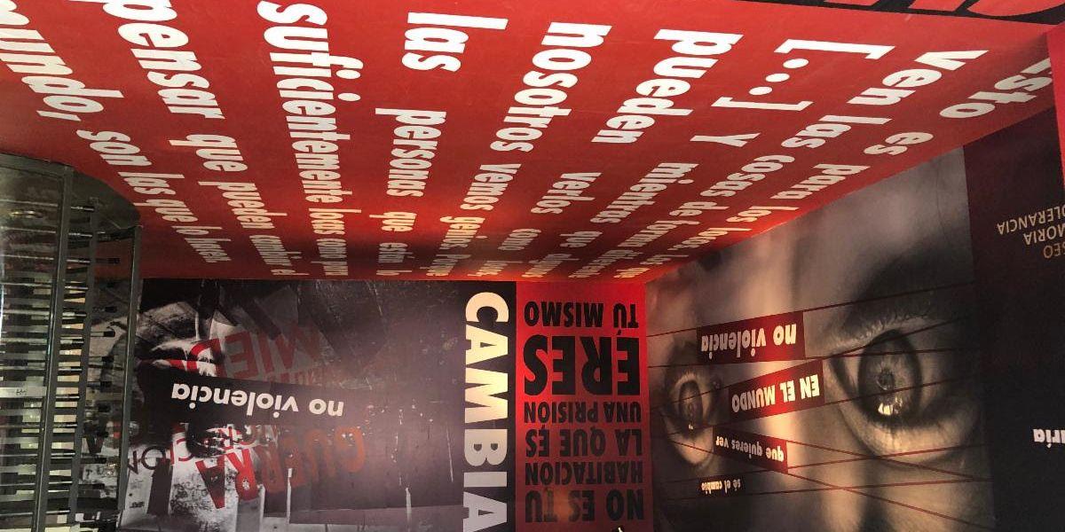 """Inauguran """"No violencia"""", una estación que apela la acción social. Mily Cohen y Michelle Fridman"""